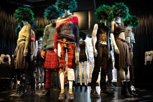New York Met Showcases the Fashionable Side of Punk