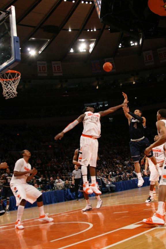 Efficient Hoyas Upend Orange to Advance to Semis