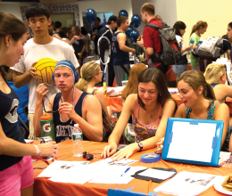 LEONEL DE VELEZ/THE HOYA The club swimming team advertised for members at Sunday's Student Activities Fair.