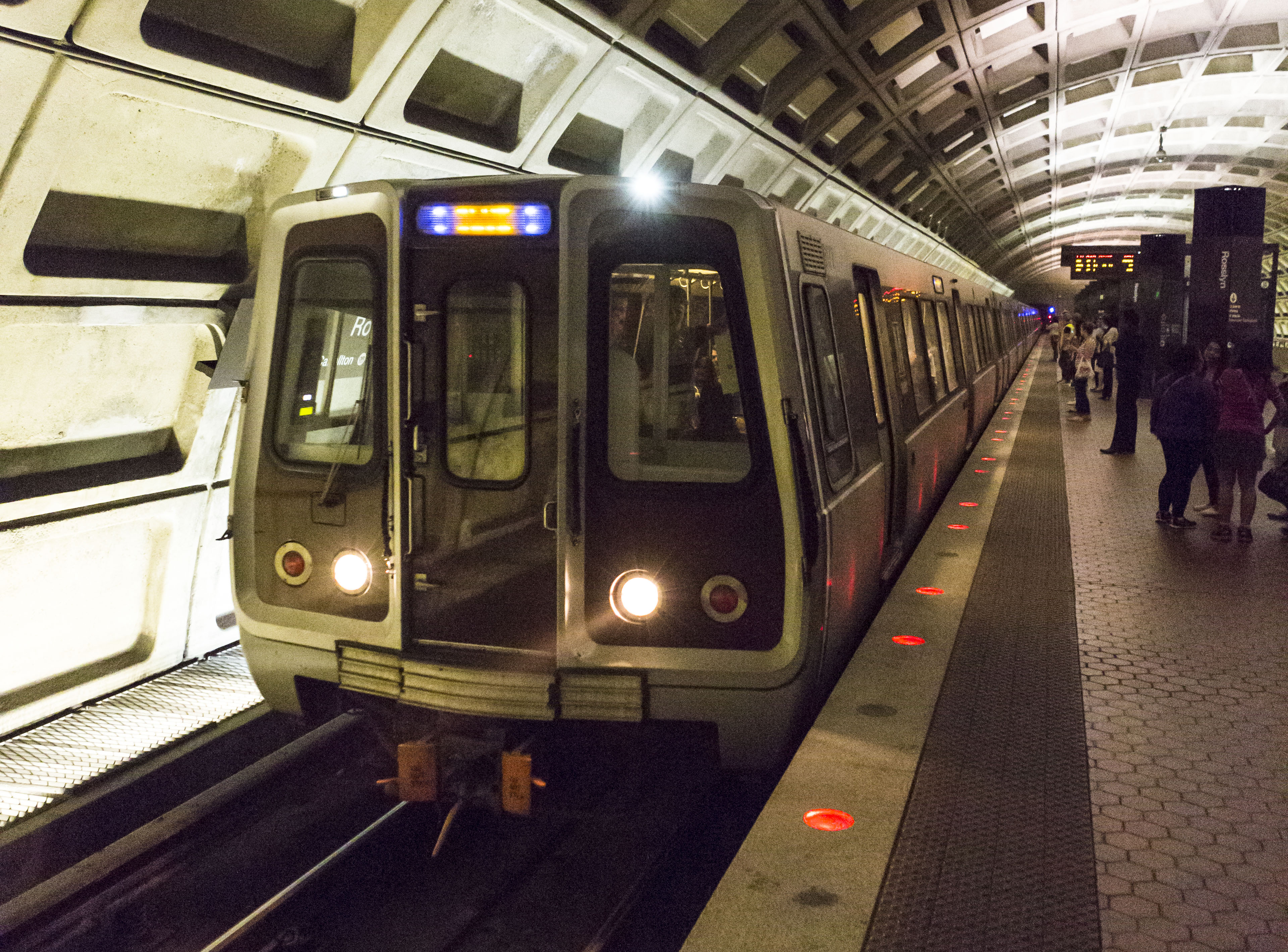 how to buy metro tickets in dc
