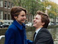 "APNATIMEPASS.COM  Shailene Woodley and Ansel Elgort give emotionally convincing performances as terminally ill teenagers in ""The Fault in Our Stars."""