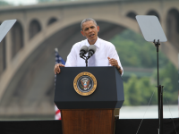 CHRIS GRIVAS/THE HOYA Obama delivered a speech focused on the importance of infrastructure funding Tuesday afternoon on the Georgetown Waterfront.