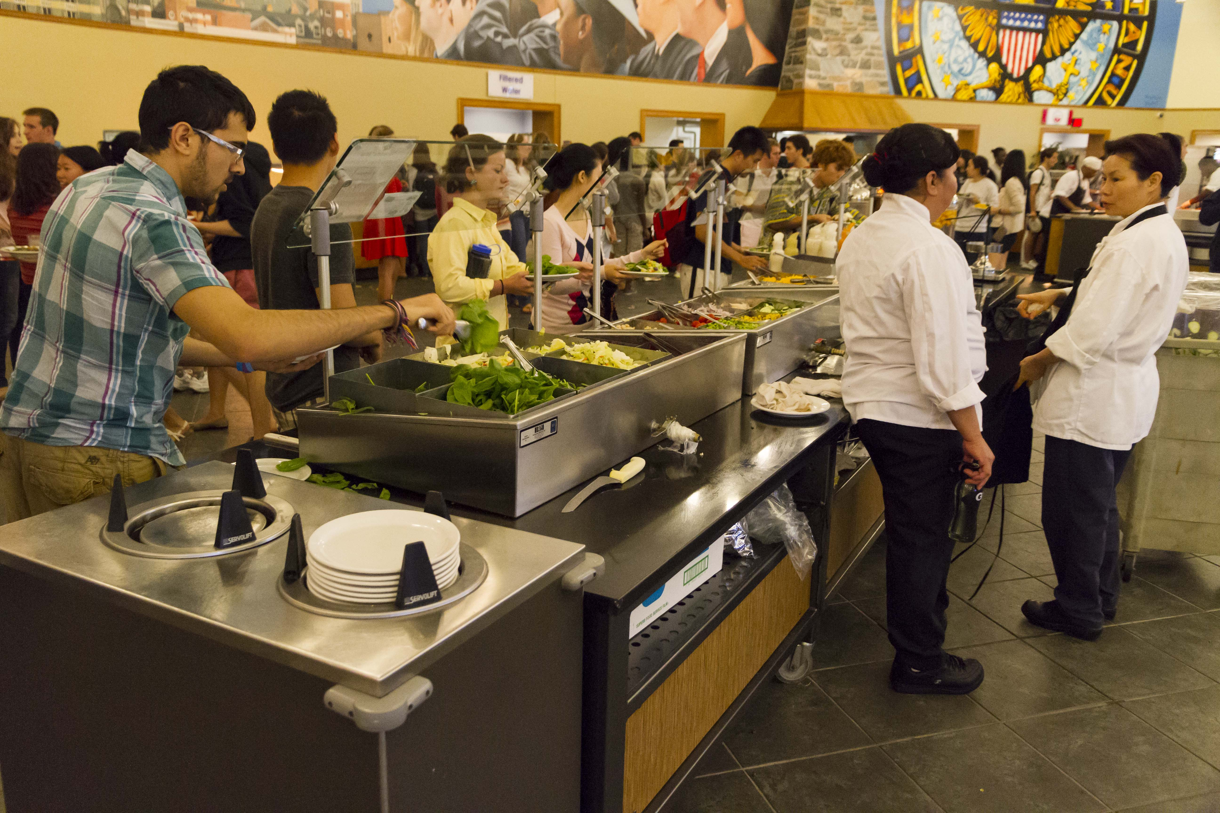 University Considers 3 Year Meal Plan Requirement