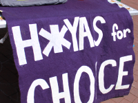 FILE PHOTO: CHARLIE LOWE/THE HOYA Removals of H*yas for Choice tabling have sparked backlash.