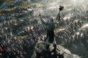 "COURTESY I2.MIRROR.CO.UK.COM ""The Hobbit: The Battle of Five Armies"" emerges audiences in a fantasy world of battles, treasures, and dragons."