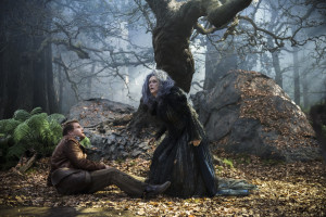 "COURTESY CDNVIDEO.DOLIMNG.COM Meryl Streep plays a mischievous witch in the new Disney movie ""Into the Woods."""