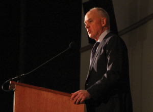 CLAIRE SOISSION/THE HOYA New York Mets General Manager Sandy Alderson was the featured guest at the baseball team's First Pitch Dinner.