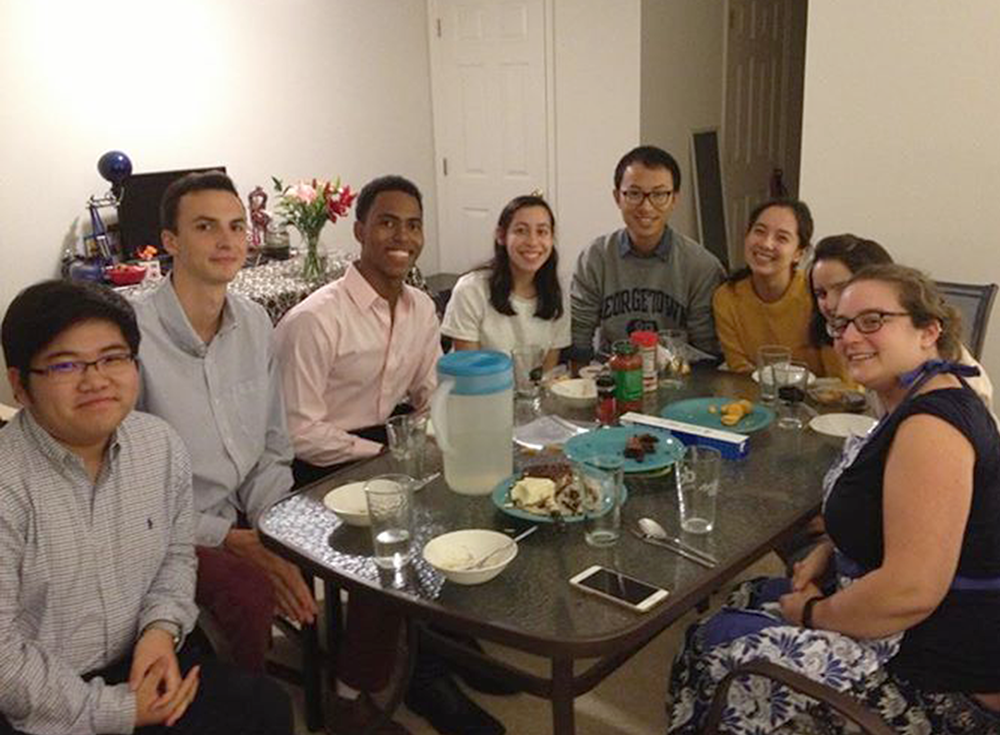 FACEBOOK Dinner with 7 Strangers, an initiative that coordinates dinners for members of the Georgetown community, returned to campus this year.