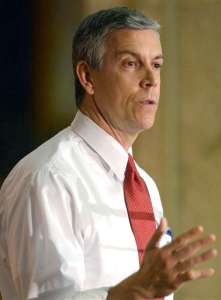 THE DAILY HERALD Former Education Secretary Arne Duncan advocated transparency in school finances on Monday.