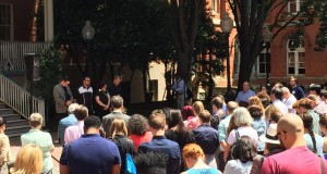 CHRISTIAN PAZ/THE HOYA Students gathered in Dahlgren Quadrangle on June 13 to reflect on the shootings in Orlando, Fla.