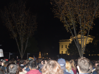 CHRISTIAN PAZ/THE HOYA At the White House early Wednesday morning, hundreds gathered to protest or celebrate Donald Trump's victory over Hillary Clinton on Tuesday.