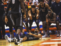 DAN KREYTAK/THE HOYA Graduate student guard Rodney Pryor, center, scored 20 points in Georgetown's win over Syracuse last Saturday. Pryor is the team's leading scorer this season, averaging 20.5 points per game.