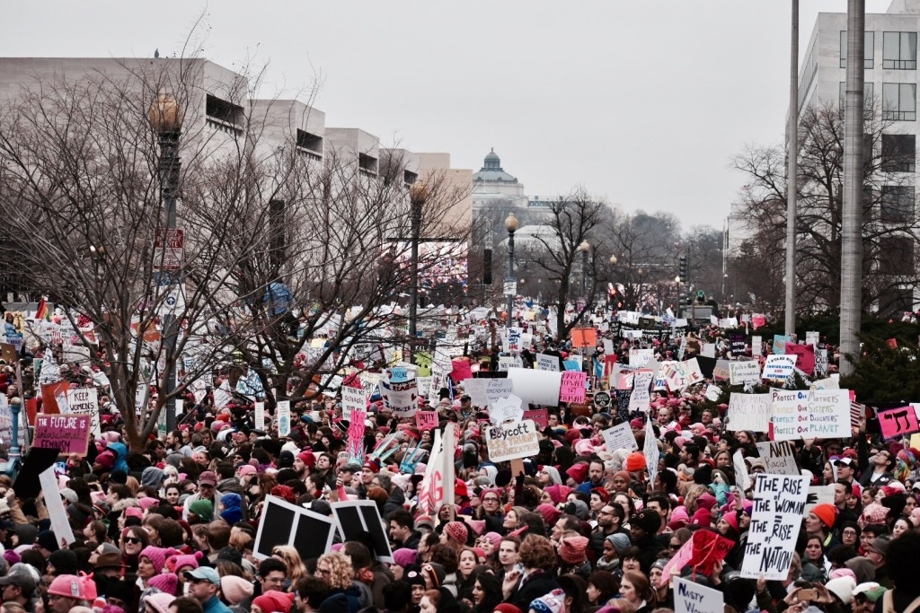 Women's March on Washington Draws Hundreds of Thousands