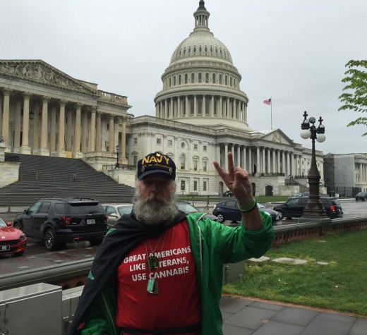 LILY STEINBERG/THE HOYA Duke Dunn, a veteran, photographer and activist, protested against the Federal Government's criminalization of marijuana.