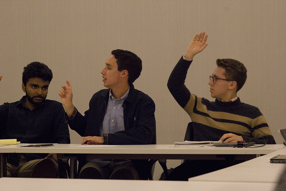 Ricardo Mondolfi (SFS '19) leads a SAC meeting. Conflicts of interest may show lax application of SAC bylaws.