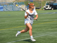 AMANDA VAN ORDEN/THE HOYA | Freshman midfielder Izzy Ross looks down the field to make a pass on Cooper Field.