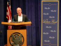 AMY LI/THE HOYA | Journalist Chris Hedges called on attendees to engage in civil disobedience to incentivize politicians to take action against climate change Tuesday.