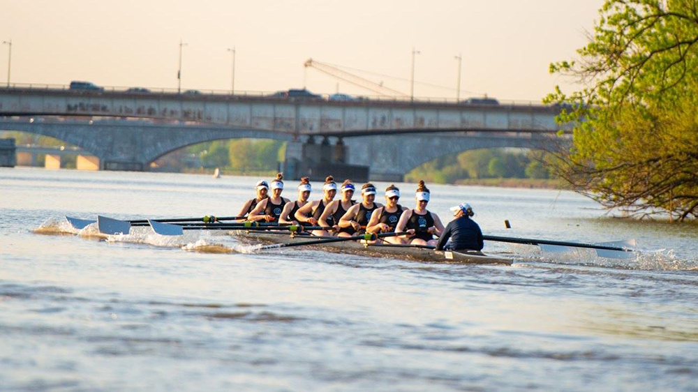Women S Crew Hoyas Find Success At Inaugural Navy Day Regatta